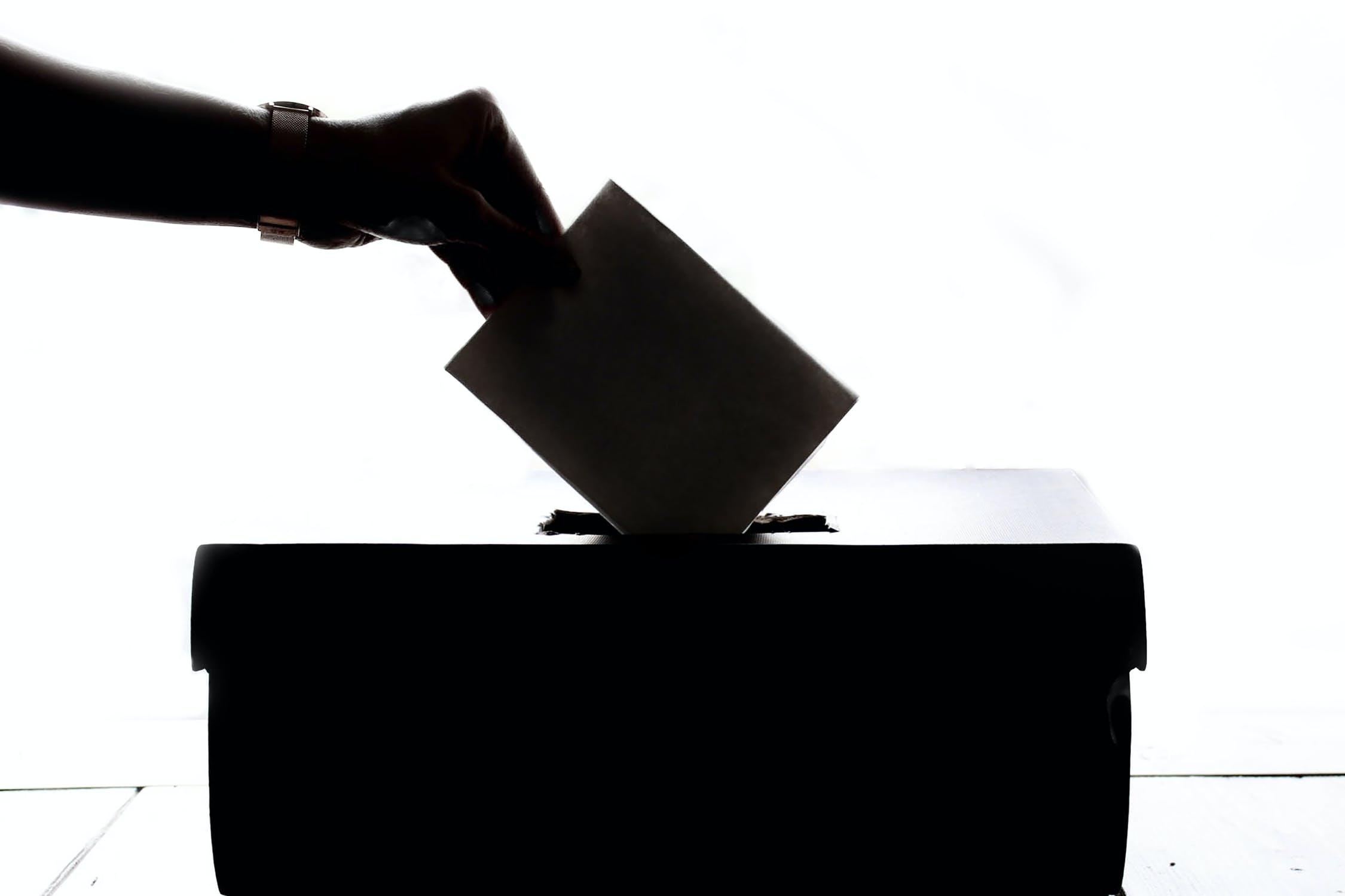 Wahlhelferinnen und Wahlhelfer gesucht