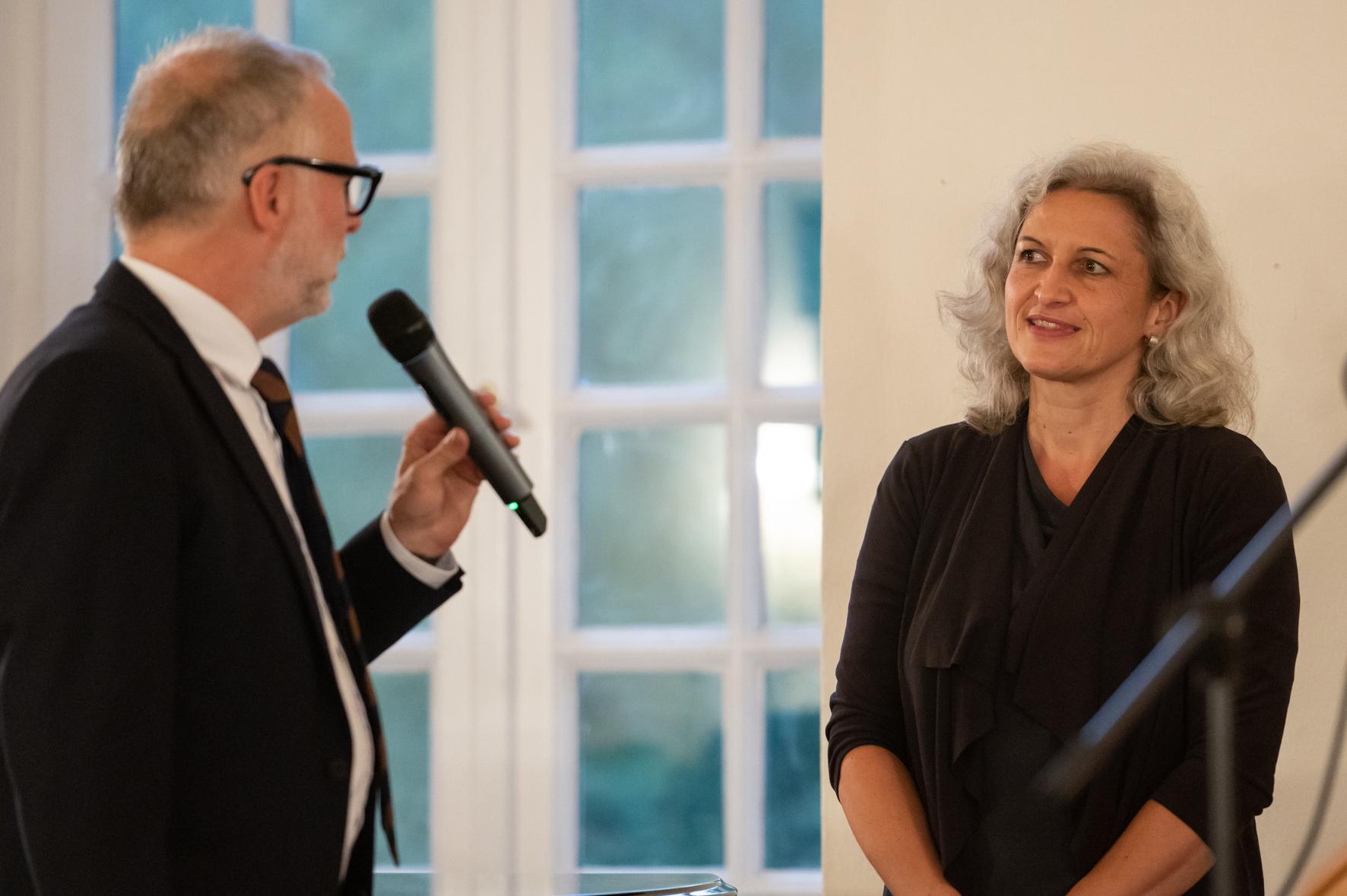 Mirjam Gördes erhält Bürgerpreis in der Kategorie Umwelt / Umweltschutz